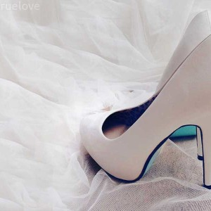 heels, sexy, peekaboo, blue, tiffany blue, diy, louboutin, something blue.
