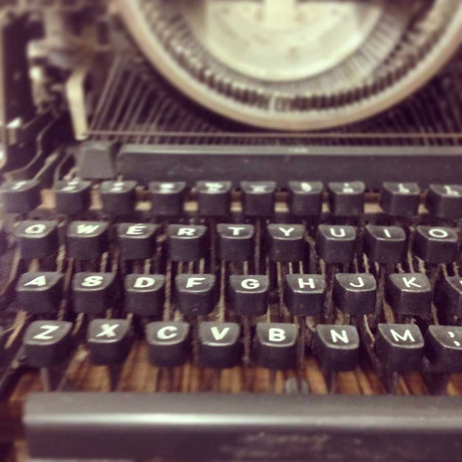 oldschool, vintage, typography, typewriter, mechanical, steampunk